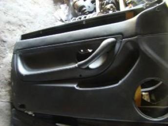 9e0276f46c60 Panneaux de portes en cuir avant de 406 coupé V6 - WorldMeca